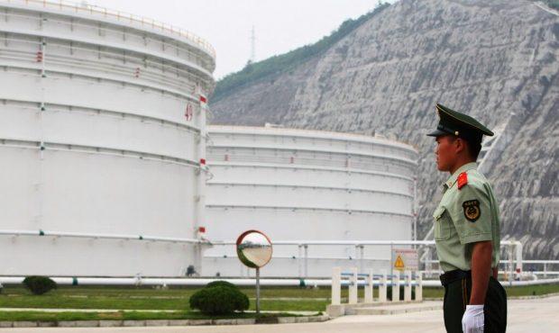 هند به دنبال آزادسازی ذخیره های نفت خام خود است